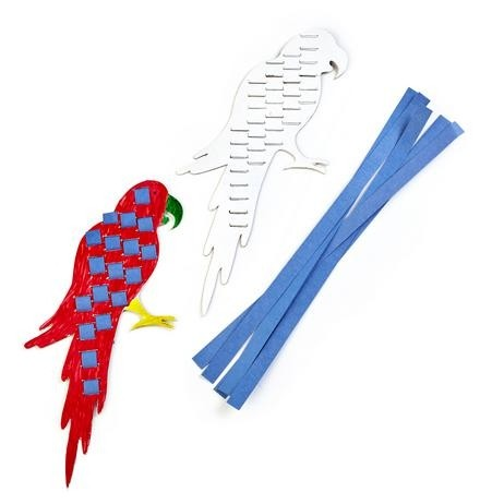 Macaw Weaving Parrot